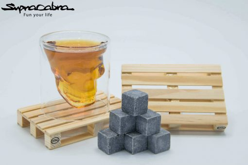 3D Skull Glass with our Pallet Coasters & Whisky Stones by Supracabra.com - Fun your life